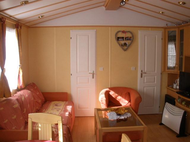 Conseils et astuces pour bien aménager son mobil-home. Un aménagement réussi pour bien vivre dans son mobil-home.